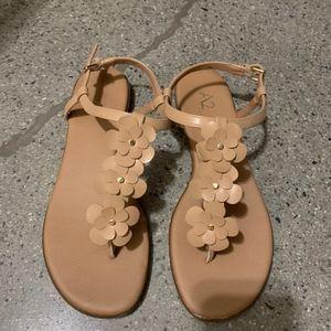 A2 AEROSOLE tan flower sandals